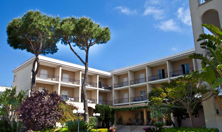 Hotel terme alexander isola d 39 ischia for Alexander isola